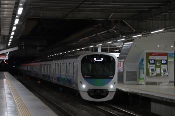 2019年11月17日 5時30分ころ。所沢。30101Fの上り回送列車。