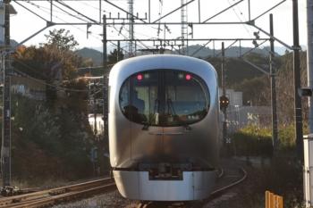 2019年12月3日 14時58分ころ。高麗。発車した001-C編成の「ちちぶ95号」。