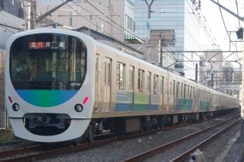 2019年12月16日。高田馬場〜下落合。30102Fの2323レ。CPや台車がピカピカでした。