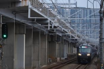 2019年12月26日 7時14分ころ。西大井。相鉄12000系の各停 海老名ゆき。
