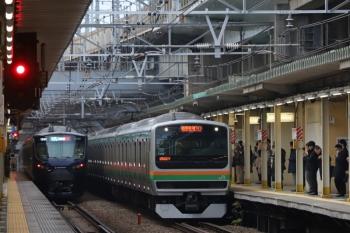 2019年12月26日 7時41分ころ。西大井。相鉄12000系の海老名ゆきとE231系の湘南新宿ラインがすれ違い。