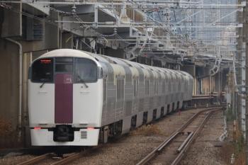2019年12月26日 7時59分ころ。西大井。215系の上り列車。