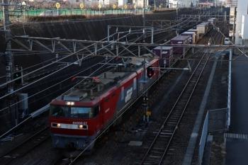 2020年1月12日 8時12分ころ。新秋津。EH500形牽引の北行コンテナ貨物列車。