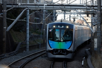 2020年2月9日 16時33分ころ。大倉山。西武40101Fの下り回送列車。飯能ゆきS-Trainのための送り込みの回送列車です。