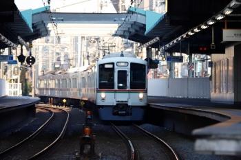 2020年3月1日 6時55分ころ。江古田。通過する4013F+4017Fの上り回送列車。
