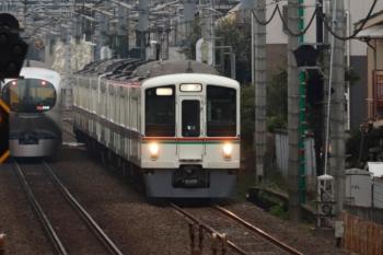 2020年3月8日 6時54分ころ。東長崎〜江古田。4013F+4001Fの上り回送列車と001-A編成の3レ。