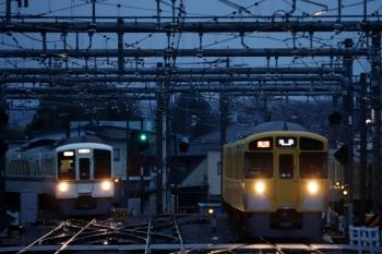 2020年3月14日。飯能。秩父鉄道から直通の2本目の6004レは4017F+4007F(左)。2085Fの2155レと並んで到着。