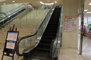 2020年5月23日。入間市駅に併設のぺぺの内部。1階。2階より上にも上がれるようになっていました。