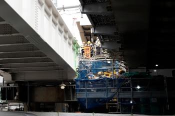 2020年5月31日 15時ころ。渋谷。橋の間から、山手貨物線の新ホームの北端が見えました。