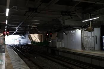 2020年6月27日。所沢。右側が新宿線下りの1番ホーム。