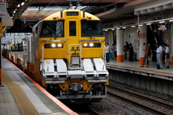 2020年7月4日 15時22分ころ。八王子。到着するレール輸送用の気動車列車。
