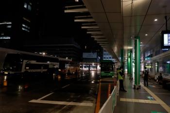2020年7月15日 23時前。バスタ新宿。