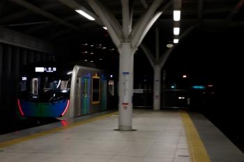 2020年7月15日。石神井公園。40101FのS-Train107号・507レ。右奥にメトロ7001Fがいます。