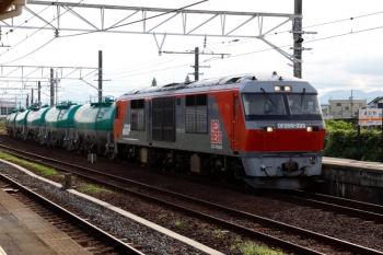 2020年7月16日 16時25分ころ。永和。DF200-223牽引の8072レ。お昼に2089レで富田駅を通過した機関車です。