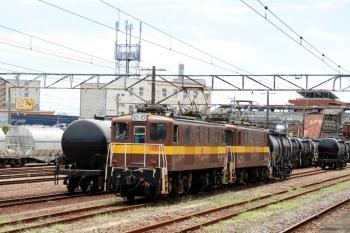 2020年7月16日 11時31分ころ。富田。貨車1両だけ脇において、戻る三岐鉄道の電機。