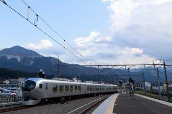 2020年8月31日 15時24分ころ。西武秩父。001-G編成の32レが発車。