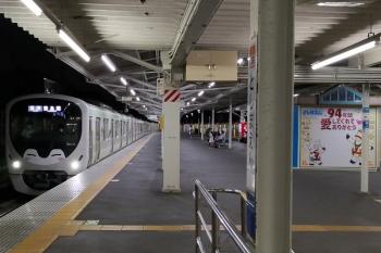 2020年8月31日。豊島園駅。到着する38113F(コウペン)の5523レ。