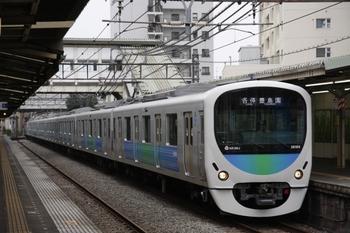 2009年8月2日、椎名町、38104Fの5421レ。
