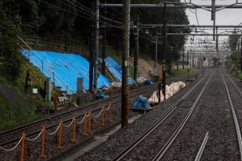 2020年9月26日。秋津〜所沢駅間。左端の線路はJRへの連絡線。上り列車の車内から。