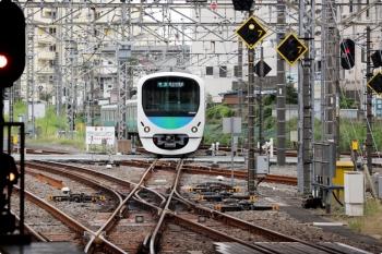 2020年9月27日。所沢。西武新宿から西武球場前へ直通の7091レは38106F。