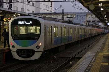 2010年11月19日、所沢、38105Fの5208レ。