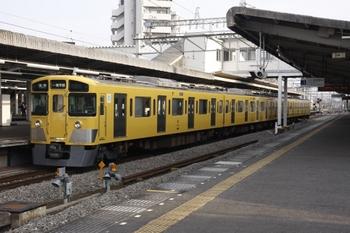 2010年11月28日、西所沢、2501Fの6147レ。