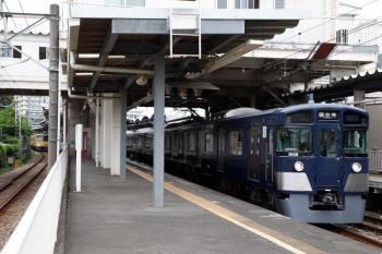 2020年10月4日 13時7分ころ。萩山。小平駅の分岐器故障でダイヤが乱れていました。9108Fの国分寺ゆきと263Fの西武遊園地ゆき。