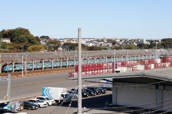 2020年10月31日 10時20分ころ。横浜羽沢。西武40154Fを牽引してきたEF65-2066が開放されてます。奥に東海道新幹線が写ってます。