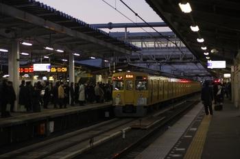2011年1月25日 6時24分ころ、所沢、2009Fの各停 東村山ゆき。