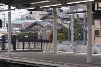 2011年2月20日、小川、2番ホームから3番ホーム方を撮影。