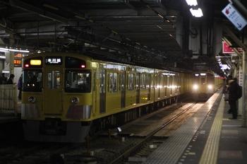 2011年3月8日、所沢、2451F+2001Fの2675レ。