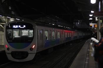 2011年3月22日 19時19分頃、所沢、発車した38105Fの各停 池袋ゆき。