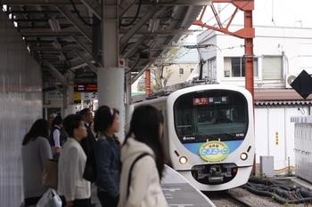 2011年4月16日、石神井公園、32102F+38104Fの2139レ。
