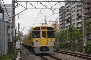 2011年5月27日、高田馬場~下落合、4251レの2057F+2419F。