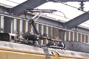 2011年6月4日、モハ9508の集電装置
