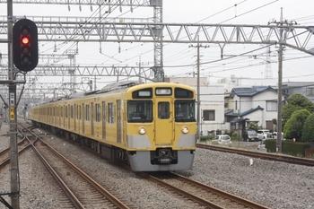 2011年6月11日 13時44分頃、小手指、2519F+2523Fの下り回送列車。