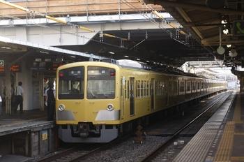 2011年6月29日、所沢、1301Fの5206レ。