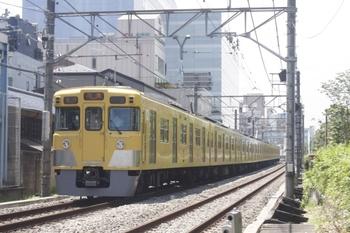 2011年7月4日、高田馬場~下落合、田無ゆき5269レ(?)の2007F。