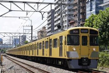 12011年7月25日、高田馬場~下落合、2045F+2531Fの急行 西武新宿ゆき(本来は3308レ)。