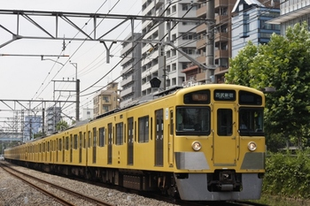 2011年8月11日、高田馬場~下落合、2529F+2021Fの急行(3308レ由来)。