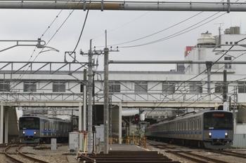 2011年8月27日、所沢、駅北側の踏切から。