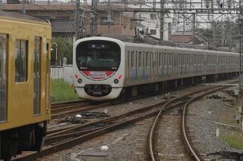 2011年8月27日 9時51分頃、新所沢、発車した38103Fの車両基地ゆき。