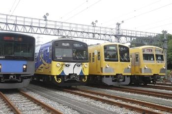 2011年8月27日、南入曽車両基地、夏まつりの車両展示の一部