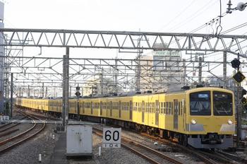2011年10月7日、所沢、3106レの1303F+271F。