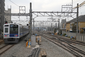 2011年11月3日、保谷、6152Fの67S運用・快速 飯能ゆき。