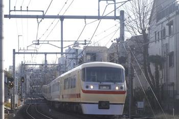 2012年1月8日 10時3分頃、池袋~椎名町、10105Fの下り回送列車。