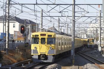 2012年1月9日 9時51分頃、田無、通過した2003Fの下り回送列車。