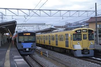 2012年1月29日、西所沢、左が6109レの20151F。
