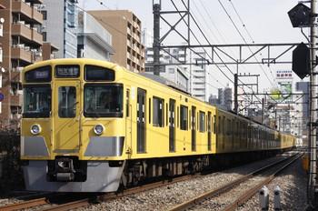 2012年2月10日、高田馬場~下落合、2045F+2523Fの1606レ。