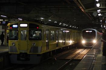2012年2月10日、所沢、左